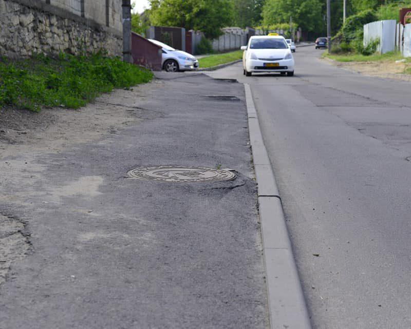 Чебан распорядился провести экспертизу ремонта улиц Инкулец и Тестимицану и привлечь виновных к ответственности (ФОТО)
