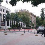 Тревога в Кишинёве: неизвестный сообщил о заложенной в посольстве России бомбе (ФОТО, ВИДЕО)