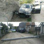Отвлекся: в Григориополе водитель снёс бетонный столб