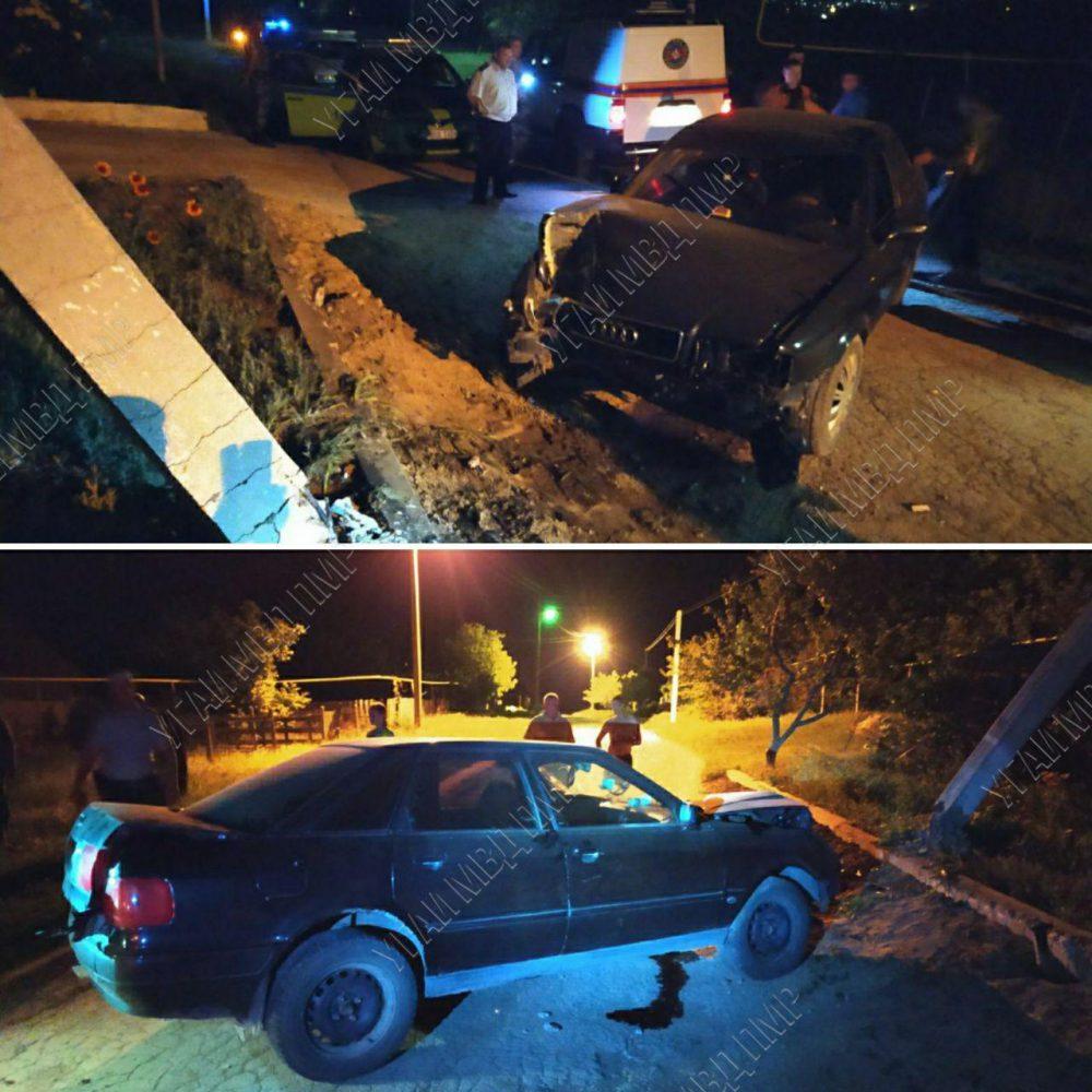 Авария в Дубоссарах: пьяный водитель снёс столб