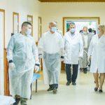 Президент провел встречу с председателем Дондюшанского района и посетил местную больницу