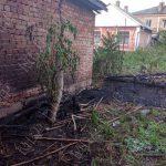 В Бендерах из-за оставленного без присмотра костра едва не сгорел гараж
