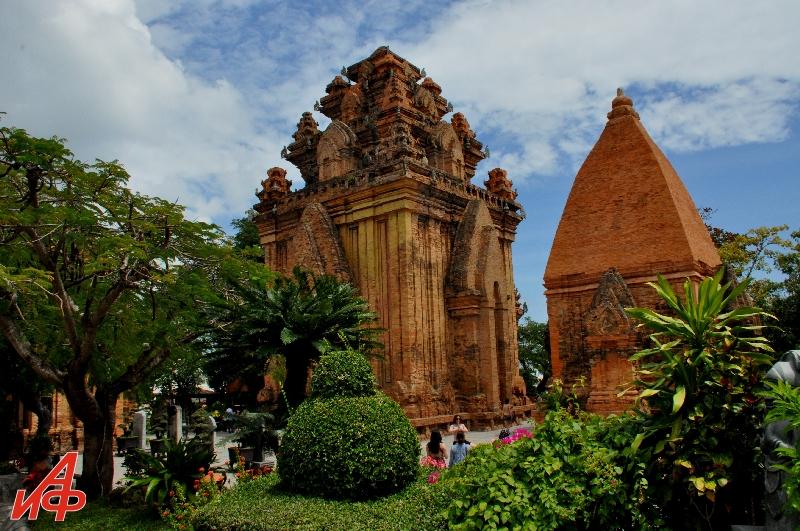 Вьетнам глазами Взорова. Чамские башни.