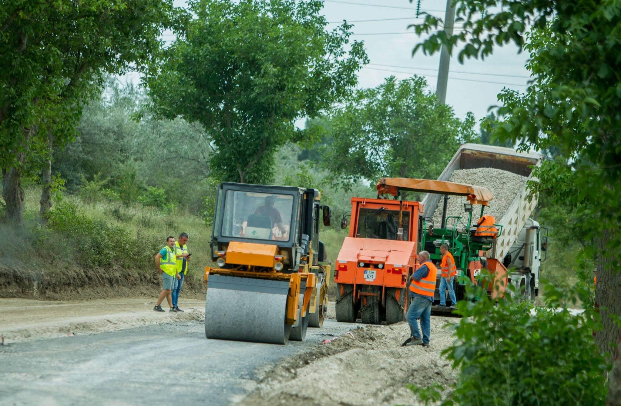Додон: Участки дорог будут отремонтированы в каждом населённом пункте Молдовы! (ФОТО, ВИДЕО)