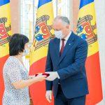 За особые заслуги и многолетний труд: президент вручил государственные награды группе граждан (ФОТО, ВИДЕО)
