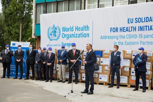 В Молдову прибыла первая партия помощи для борьбы с коронавирусом от ЕС и ВОЗ