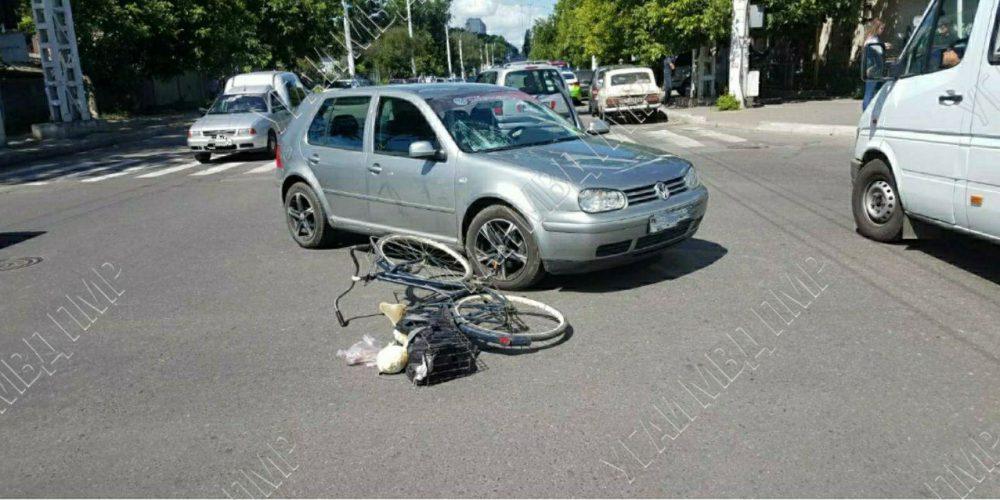ДТП в Тирасполе: велосипедист угодил под колёса авто