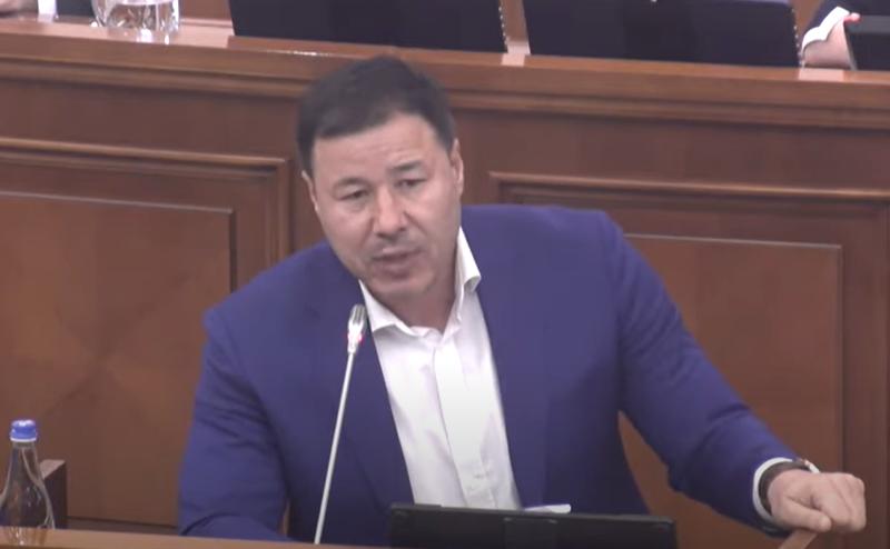 Цырдя разгромил в пух и прах оппозицию с трибуны парламента (ВИДЕО)