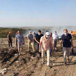 Чебан посетил свалку в Цынцэренах, охваченную пожаром: Процесс тушения сложный, но работа продвигается