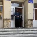 Полицейские задержали мужчину, ранившего ножом приятеля во время пьяной ссоры (ВИДЕО)