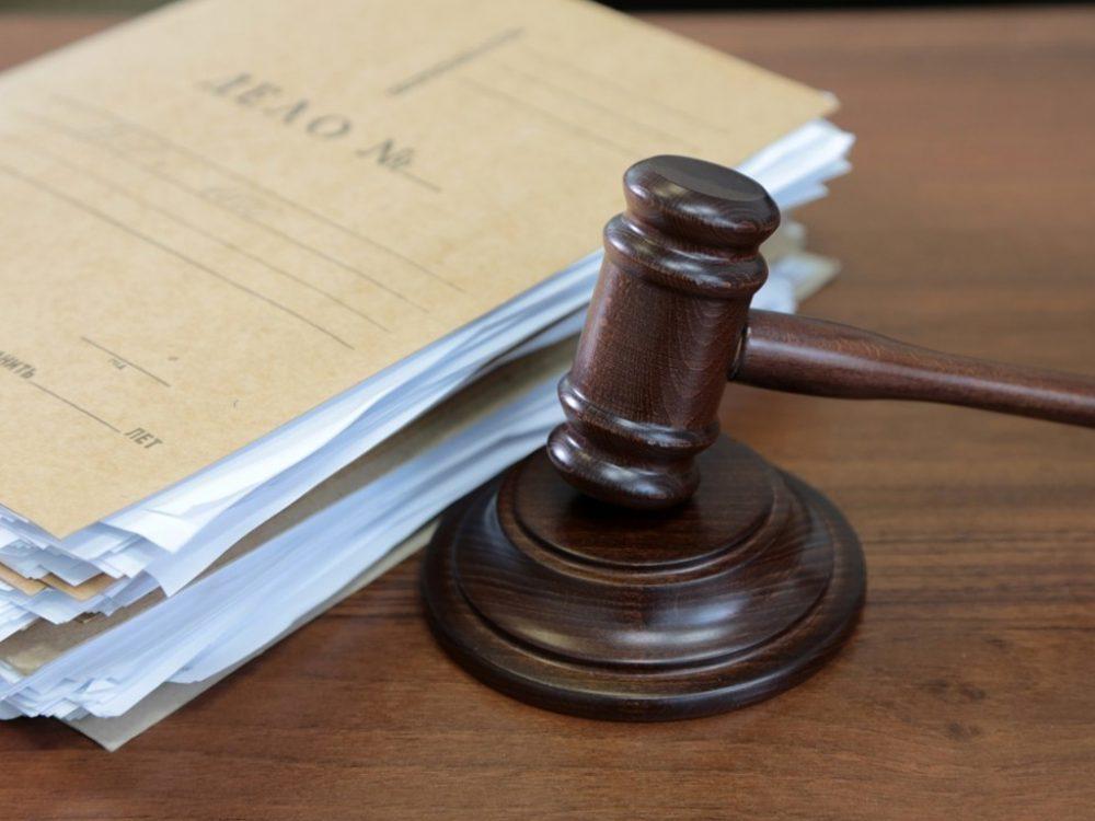 До смерти избивший супругу мужчина предстанет перед судом