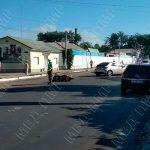 Водитель мопеда попал в больницу после столкновения с легковушкой