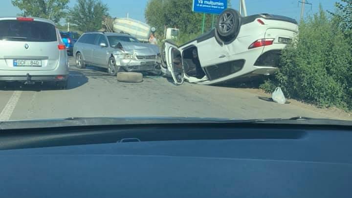 Авария на выезде из города: двое водителей в больнице