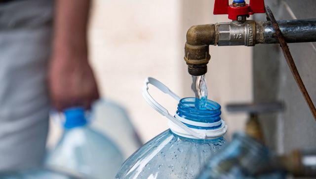 Некоторые жители столицы останутся в пятницу без воды в кране