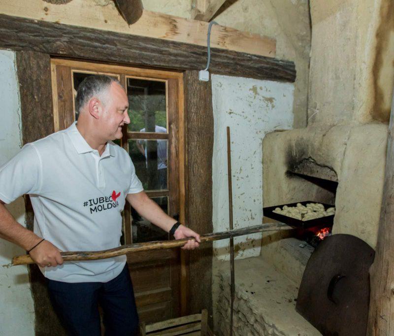 Додон: Горжусь тем, что все мы являемся частью этой замечательной семьи – Республики Молдова! (ФОТО, ВИДЕО)