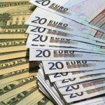 Какие значения покажут доллар и евро в конце недели