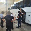 Таможенники нашли тайник с контрабандными сигаретами в автобусе (ФОТО, ВИДЕО)
