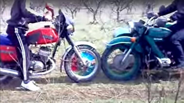 Два мотоциклиста столкнулись в Вулканештах: один госпитализирован, второй – сбежал с места ДТП