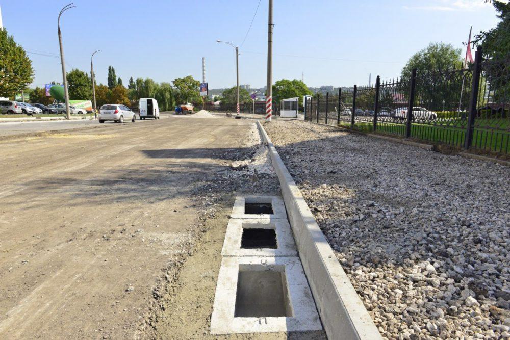 Генпримар Кишинёва рассказал, как продвигается ремонт улицы Албишоара (ФОТО)