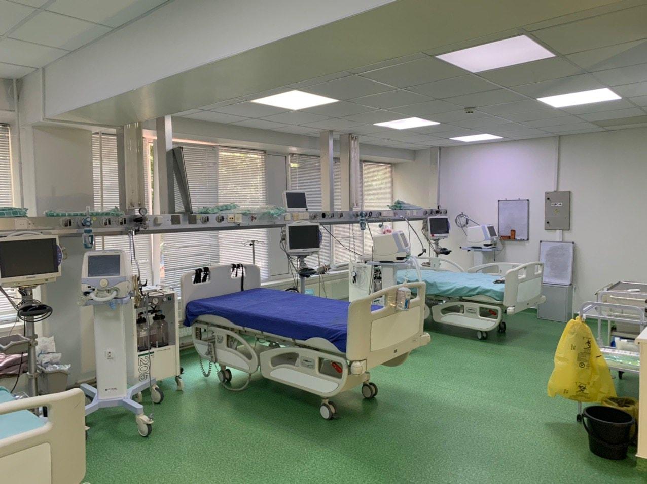 В столичной больнице «Святая Троица» открылось отделение для больных коронавирусом
