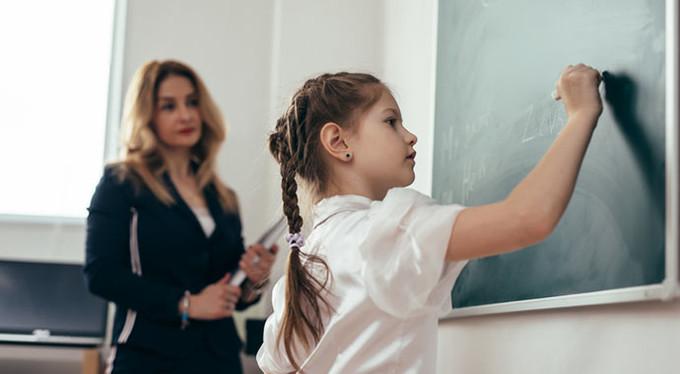 В Приднестровье школьники начнут учебный год со смешанной системы