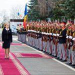 Гречаный поблагодарила военных за патриотизм, веру и преданность Отечеству