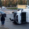 ДТП на Рышкановке: на перекрёстке перевернулся грузовик (ФОТО)