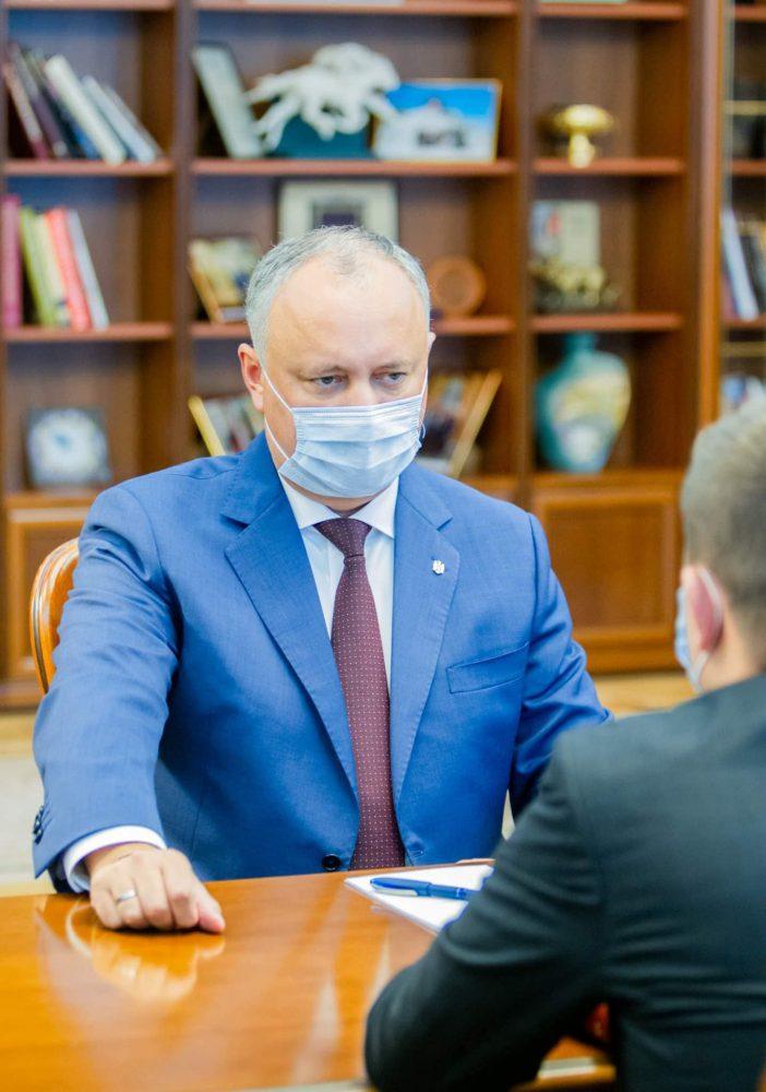 Президент пообещал оказать содействие в увеличении зарплат работников «Железной дороги Молдовы»