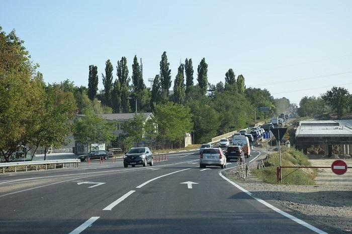 Внимание, водители! На одном из столичных перекрёстков реорганизовано дорожное движение