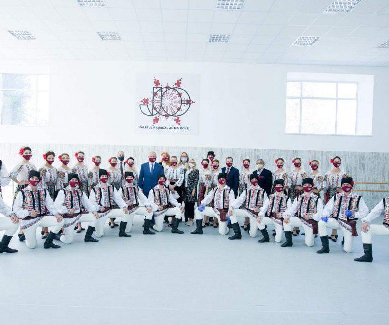 Додон: «Жок» – визитная карточка Молдовы. Я был и останусь рядом с этим коллективом! (ФОТО, ВИДЕО)