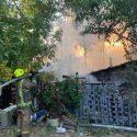 Спасатели вынесли из загоревшегося дома в столице газовый баллон (ФОТО)