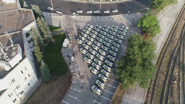 Полиция получила 52 новых автомобиля (ФОТО)