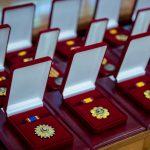 За вклад в развитие государства: президент вручил ордена и медали группе граждан (ФОТО, ВИДЕО)
