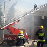 Пожар в филармонии потушен: крыша здания обрушилась (ФОТО, ВИДЕО)