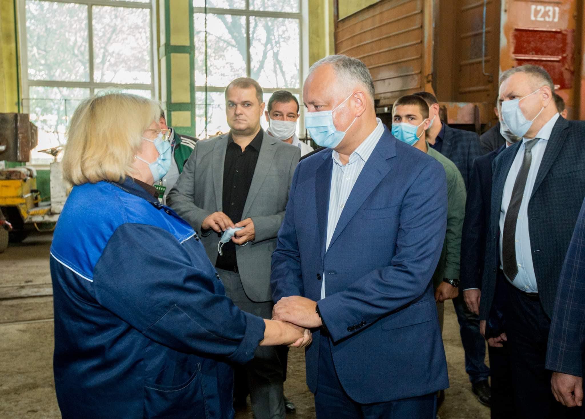 """Додон: """"Железная дорога Молдовы"""" – стратегическое предприятие, в которое государство должно и будет инвестировать!"""