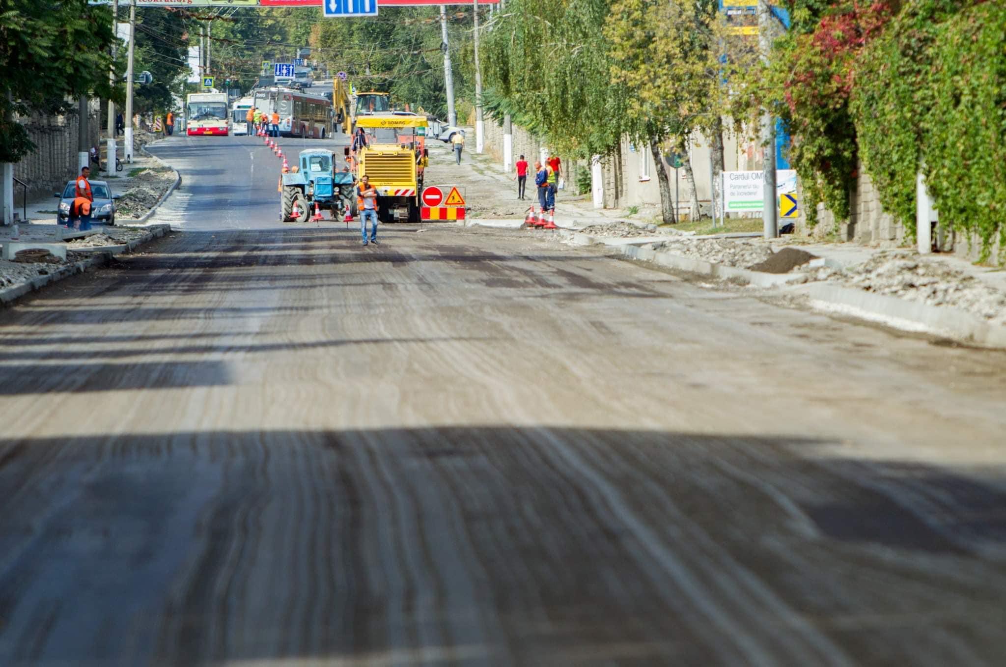 Додон: Восстановление дорог в стране – одна из основных задач нынешнего правительства (ФОТО, ВИДЕО)