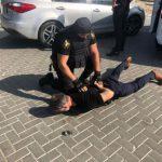 Сканировали сигнализации и проникали в машины: задержана банда, промышлявшая кражами из авто (ВИДЕО)