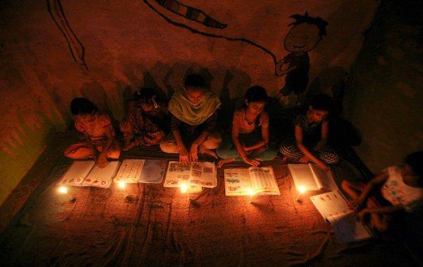 В трёх столичных секторах в среду не будет света