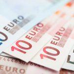 Сколько будут стоить доллар и евро во вторник