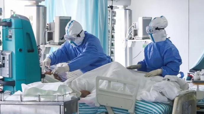 COVID-19 в Украине: за сутки умерло рекордное количество пациентов