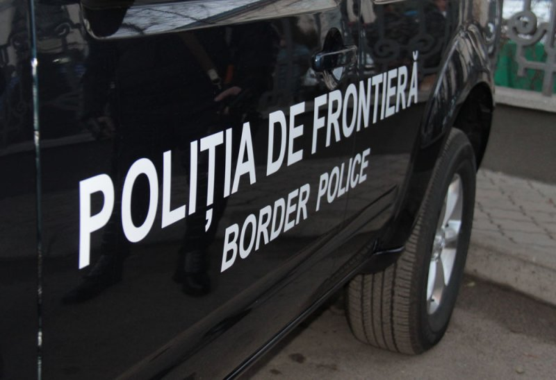 Пограничники задержали мужчину, находившегося в розыске за использование поддельного документа
