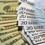 Евро продолжает снижаться: курсы валют на четверг
