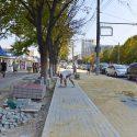 На Буюканах возле рынка «Дельфин» обустроили 300 метров тротуара