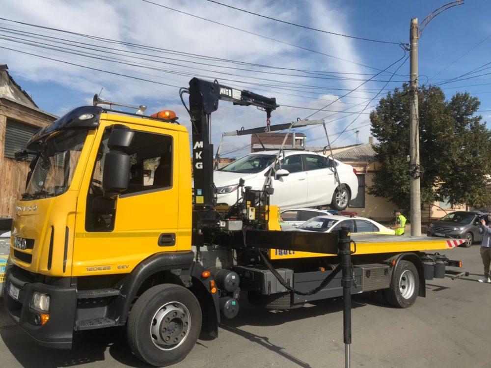 Чебан: Мы поддерживаем эвакуацию с улиц столицы неправильно припаркованных автомобилей (ФОТО)