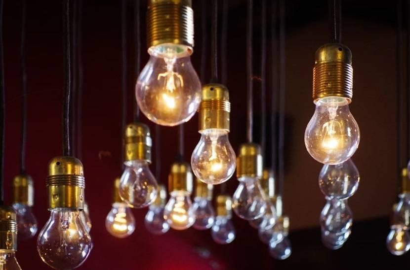 Жители трёх секторов столицы останутся сегодня без света