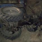 В Леова перевернулся трактор. Водитель скончался на месте