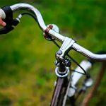 Алкоголь толкнул на преступление: пьяный мужчина отнял у прохожего велосипед