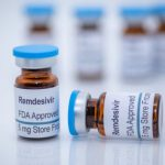 FDA официально одобрило первый препарат для лечения COVID-19