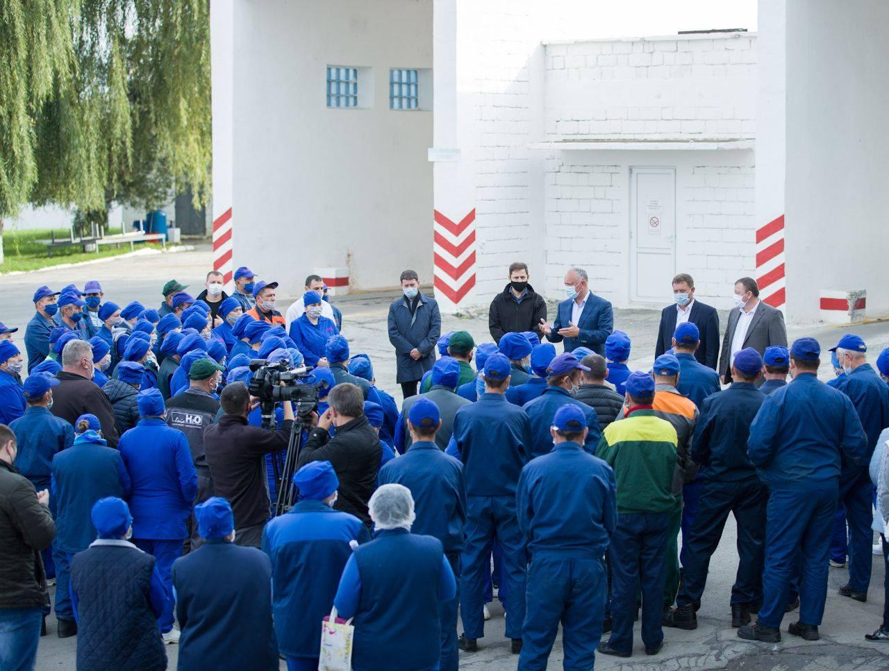 Додон: Поддержка местных производителей – один из приоритетов нашей команды (ФОТО)