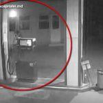Украл деньги с АЗС: злоумышленника поймали благодаря записям с видеокамер